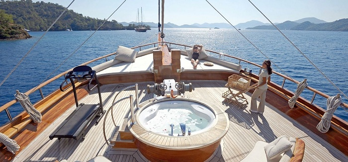 Enjoy the Finest Turkish Cuisine on Private Yachts for Charter