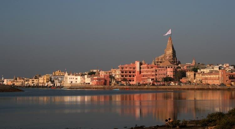 magnificent view dwarka temple