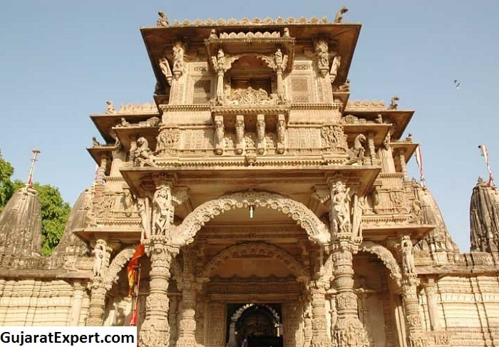 Hutheesing Jain Temple Ahmedabad, One of the Richest Jain Heritages in the City