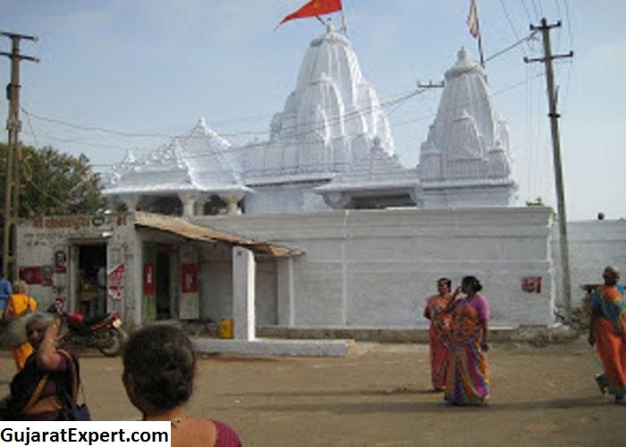 Moola Dwaraka General Information
