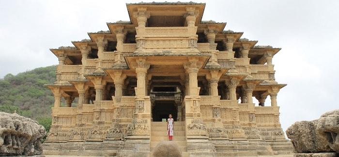 Navlakha Temple, Ghumli