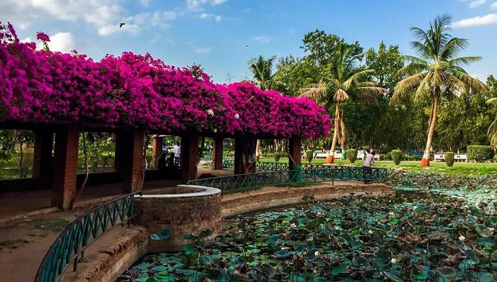 Parimal Garden in Ahmedabad