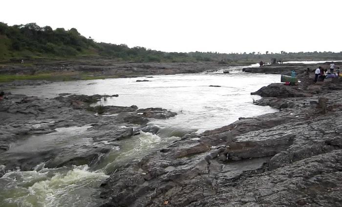 Zanzari Waterfall (Dehgam)