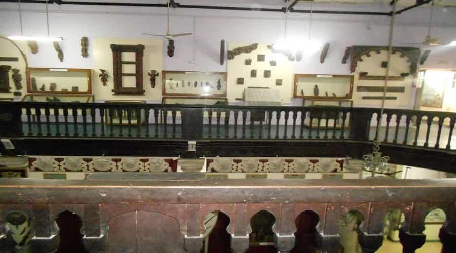 Wood Carving Watson Museum, Rajkot