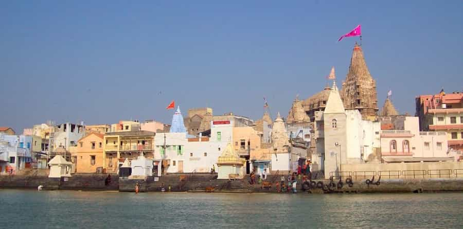 Dwarka City and Dwarkadhish Temple after crossing Gomati river