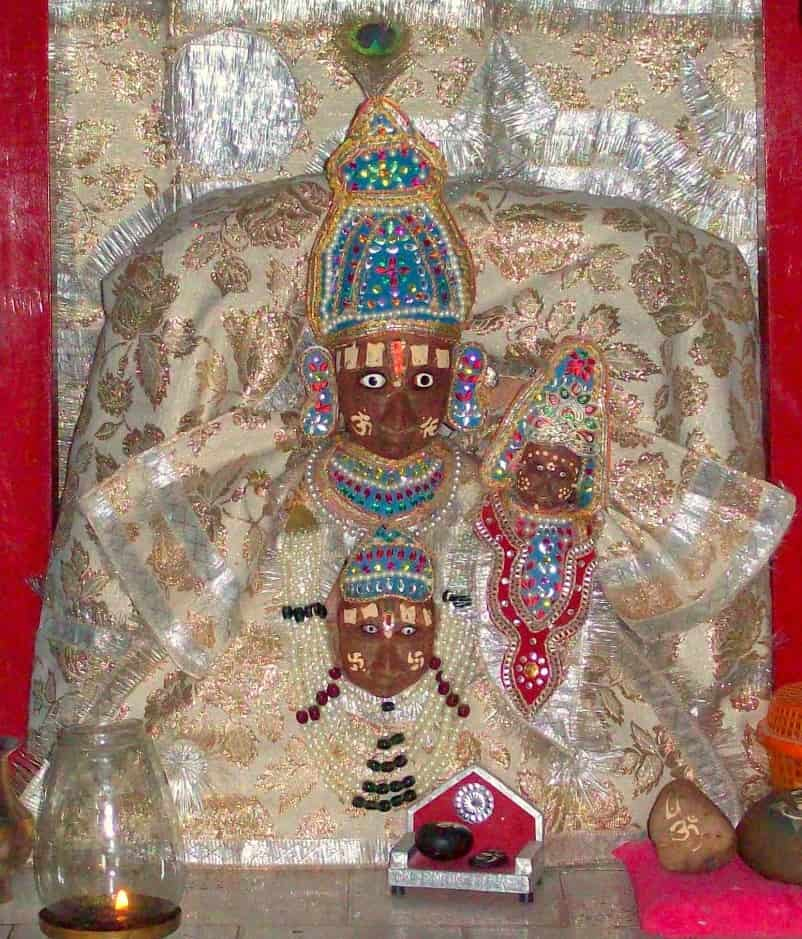 Lord Vishnu, Devi Lakshi and Garuda together