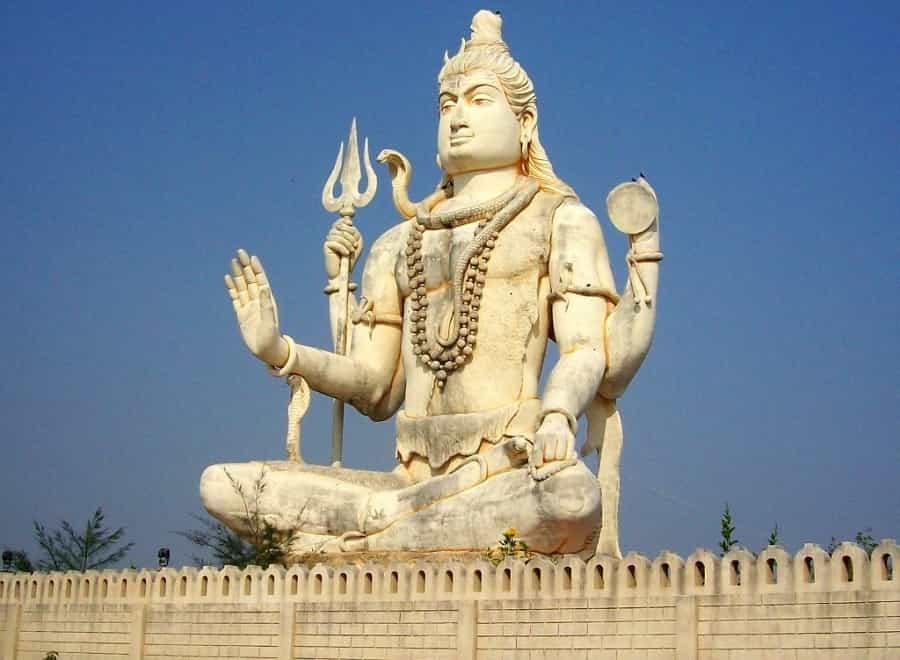 Statue of Lord Shiva at Nageshwar Jyotirlinga near Dwarka