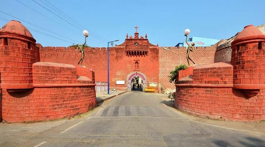 Zampa Gateway, Diu
